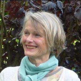 Dr. Annette Steuble